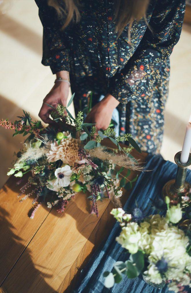 prendre le plus grand soin à preparer votre bouquet de mariée